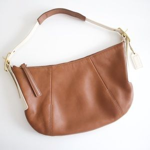 Coach • Cream and Tan Leather Shoulder Bag